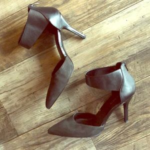 Nune West ankle strap heels